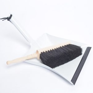 Dustpan – White Enamel